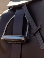 stability-stirrup-leathers-on-horse-dressage